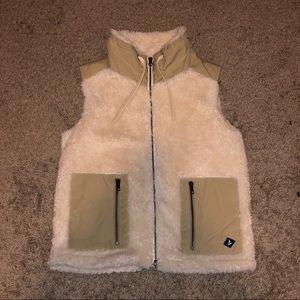 Sperry women's Sherpa vest size small